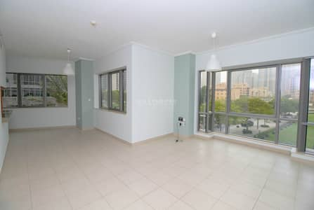 2 Bedroom Flat for Rent in Downtown Dubai, Dubai - Spacious Layout I Well Maintain I Burj and Park view