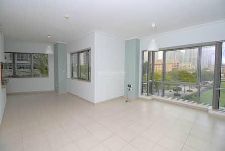 فلیٹ 2 غرفة نوم للايجار في وسط مدينة دبي، دبي - Spacious Layout I Well Maintain I Burj and Park view