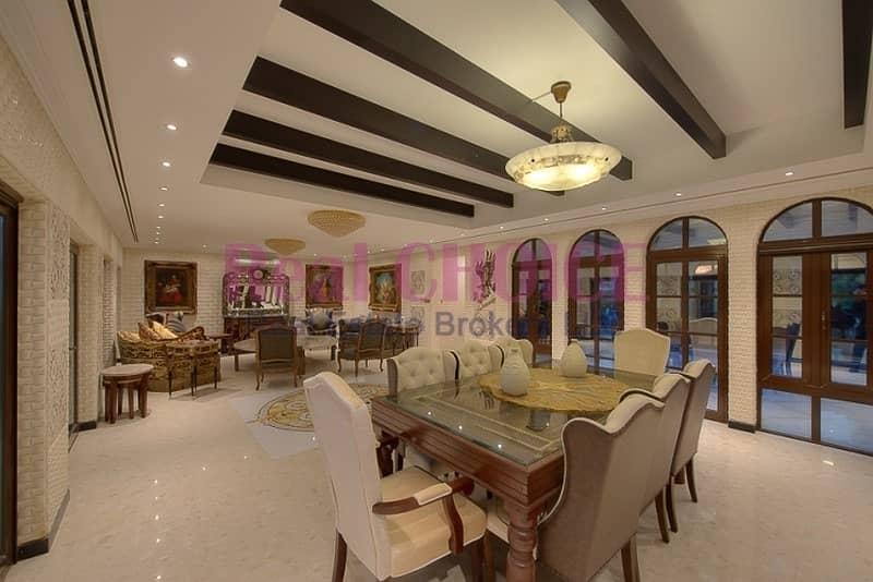 2 Upgraded 6BR Villa Marbella Garden & Swimming Pool