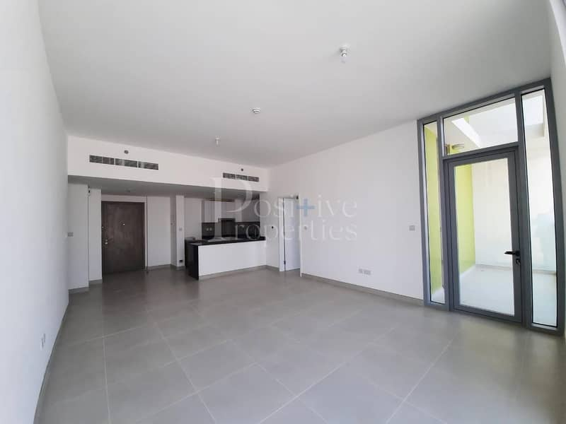3BHK   Apartment   Vacant and Brand New