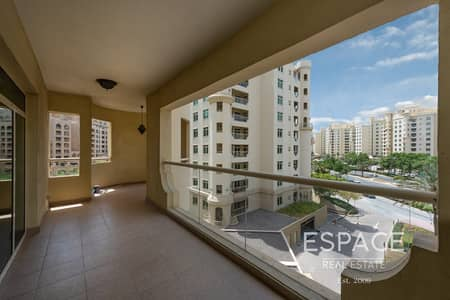 3 Bedroom Apartment for Sale in Palm Jumeirah, Dubai - Type A | Spacious Family Home | Park View