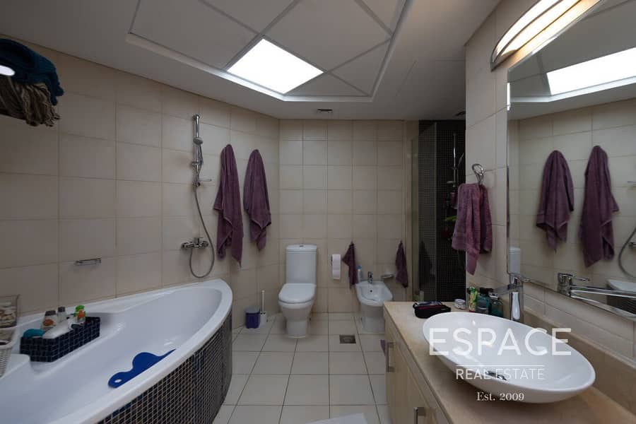 13 Type A | Spacious Family Home | Park View