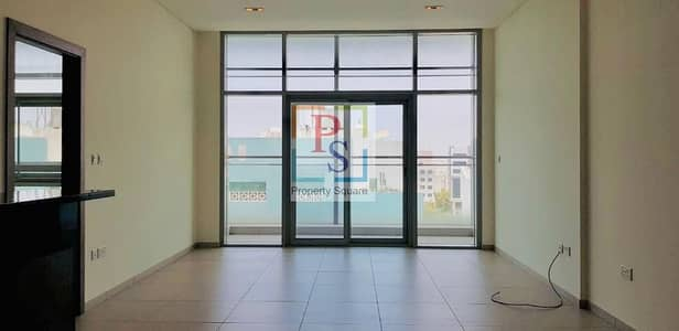 2 Bedroom Flat for Rent in Danet Abu Dhabi, Abu Dhabi - Spacious 2BR+Maidroom Apt with Balcony + Open Kitchen