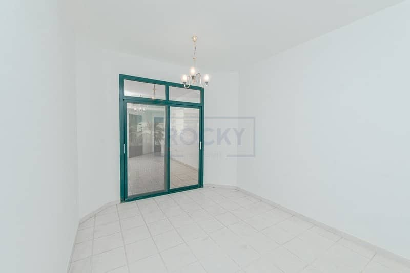 Very Spacious Studio Apt with Central Split A/C & Parking |  Deira