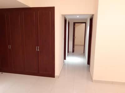 3 Bedroom Flat for Rent in Muwailih Commercial, Sharjah - Just 45K! 45 Days Free! 3Bhk With Balcony+ Wardrobes+Parking