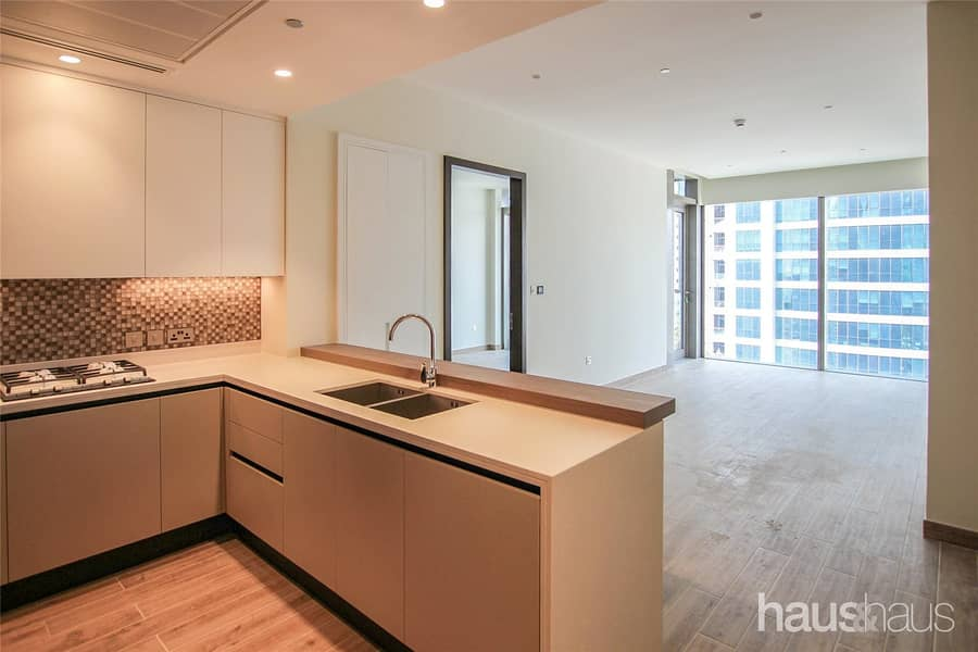 2 Exclusive | Unfurnished | City View | JLMG