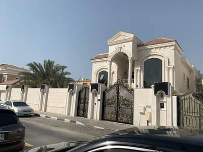 5 Bedroom Villa for Sale in Sharqan, Sharjah - nice villa for sell