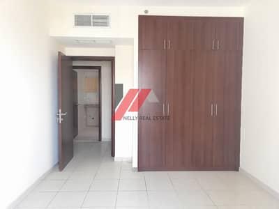 شقة 1 غرفة نوم للايجار في المجاز، الشارقة - Parking free 1bhk with balcony and wardrobes rent only 27k 6 cheques
