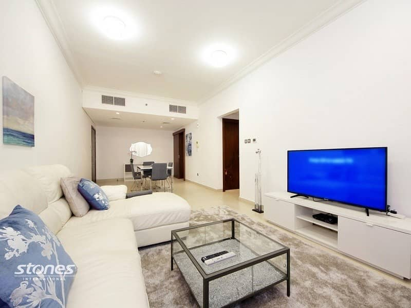 2 Elegant & Stylish Apartment on Higher Floor