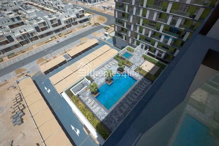2 Pool View I 02 BR I Pulse Boulevard C2