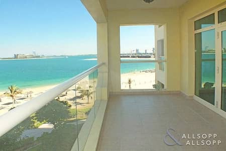 2 Bedroom Flat for Rent in Palm Jumeirah, Dubai - 2 Bedrooms | Full Sea View | Middle Floor
