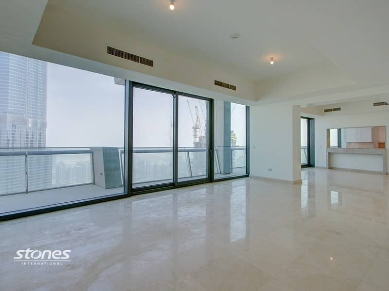 Penthouse With Full Burj Khalifa and Fountain View