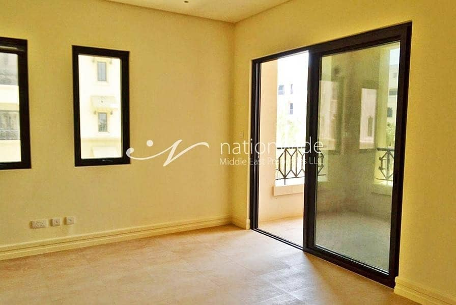 2 Vacant! Modern Type C Apartment with Terrace