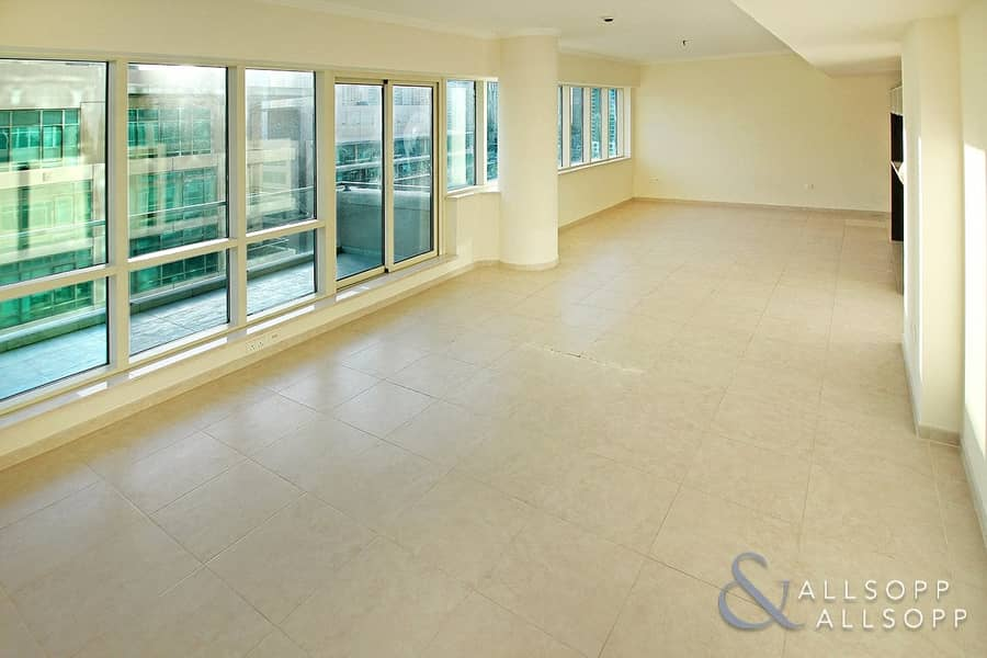 2 Marina View | 2 Beds | Upgraded Flooring
