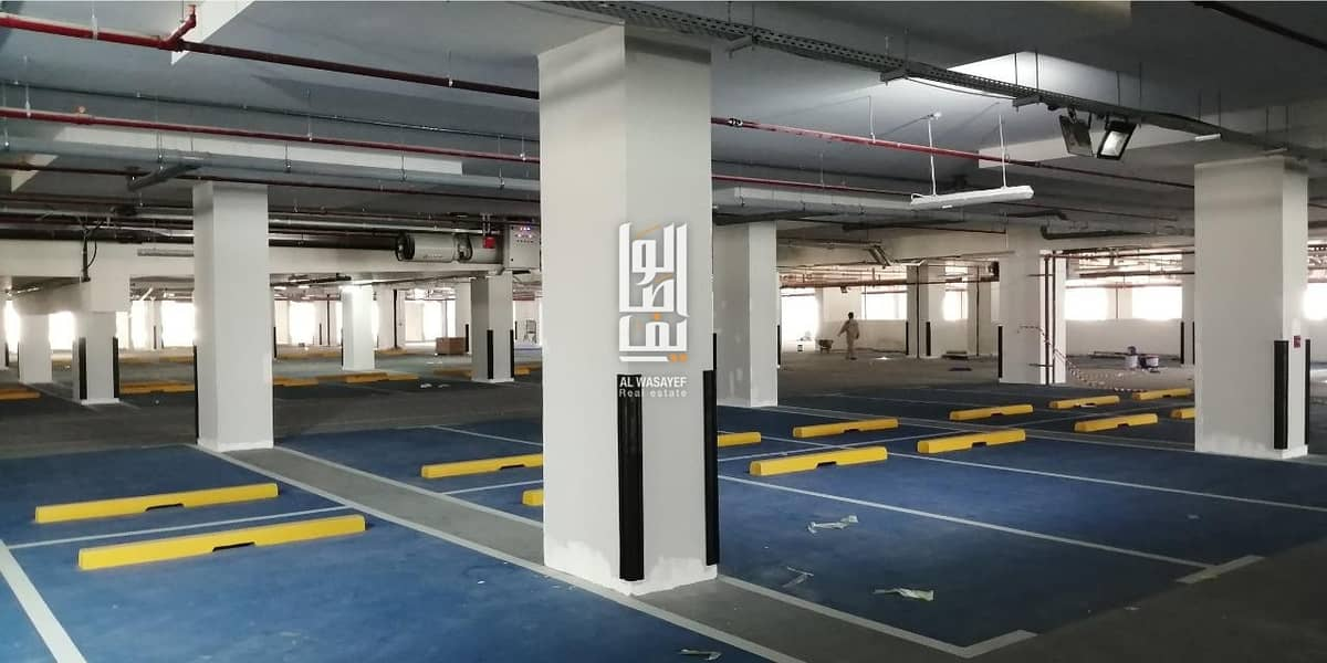 18 live in heart of sharjah - AMAZING COMMUNITY - NO COMPRESSION..