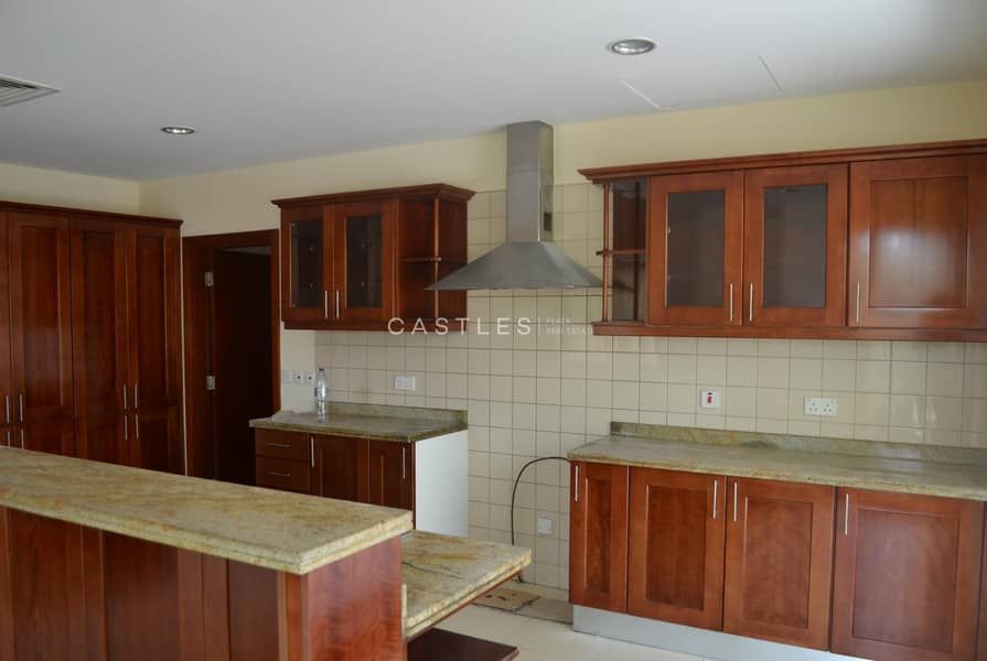 2 Ready To Move in- Saheel 5 bed+maids- Type 4