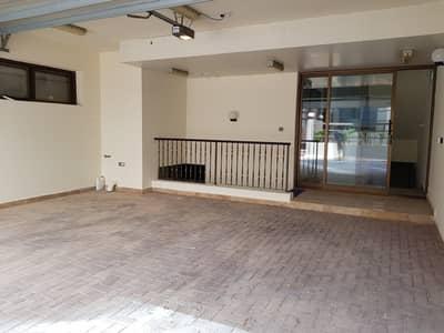 5 Bedroom Villa for Rent in Al Mushrif, Abu Dhabi - parking