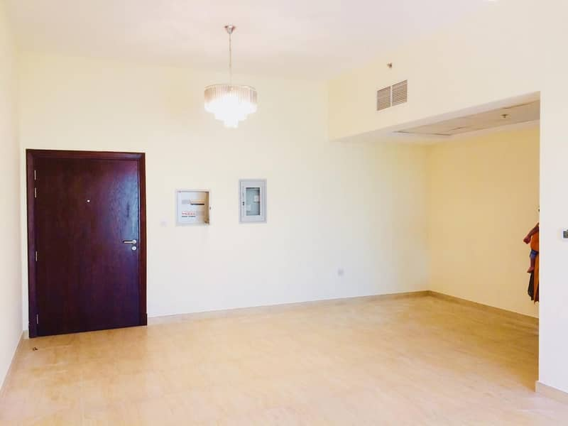 Brand New| Spacious 1Bed | Chiller Free|