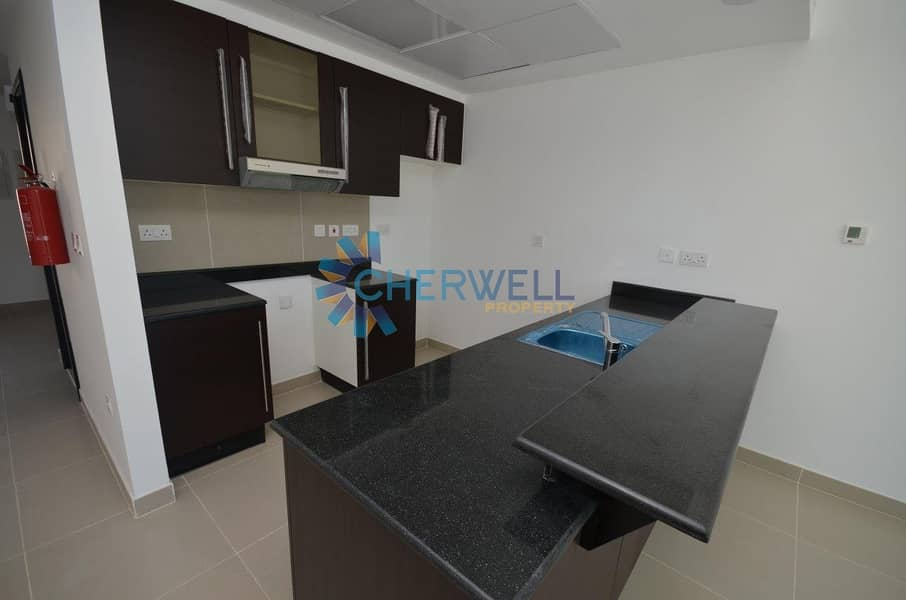 2 Elegant and Well Maintained Villa | Vacant