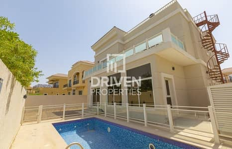 فیلا 4 غرف نوم للايجار في ذا فيلا، دبي - Luxurious 4 Bed plus Maids with Private Pool