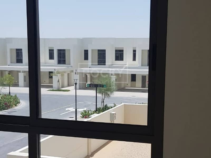 10 Brand New | 4 Bed plus Maids | 3 Parking | Town square