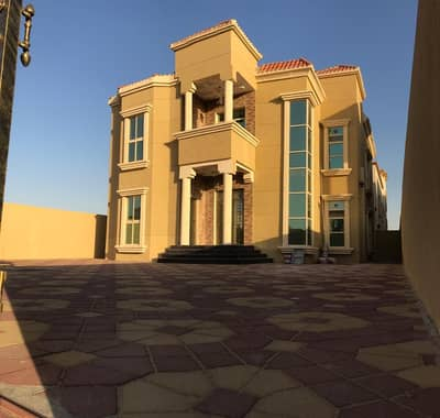Villa for sale directly from the owner in Ajman Moyhat District 3 second piece of Qar Street (Super Deluxe Finishing) Required 1,520,000 negotiable