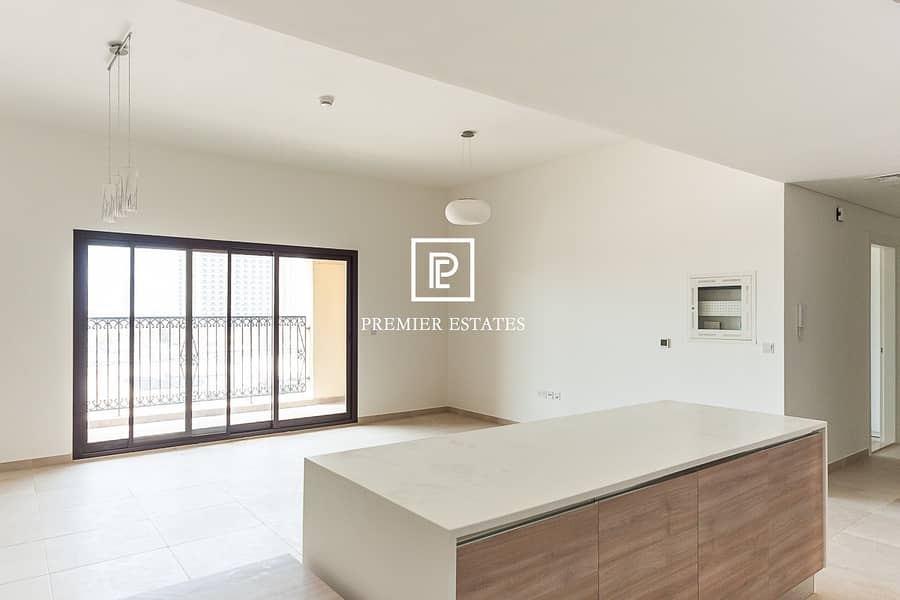 2 NEW|Beautifully presented 2 bedroom| Available Now