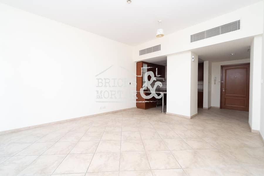2 Garden View | Well Maintained | 1 Month Free