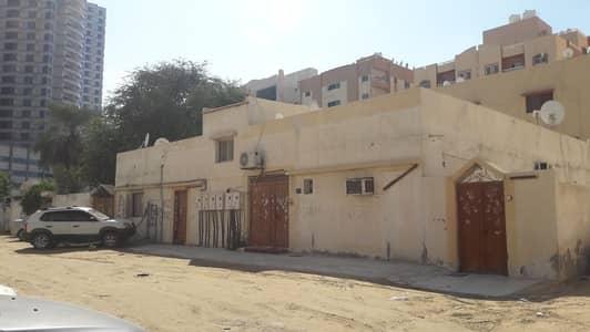 فیلا 10 غرف نوم للبيع في الراشدية، عجمان - بيت عربي للبيع بالراشدية عجمان مساحة 6447قدم سكني استثماري موقع ممتاز جدا