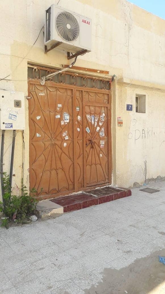An Arab house for sale in Al Rashidiya Ajman, an area of 6,447 feet, residential investment, very excellent location