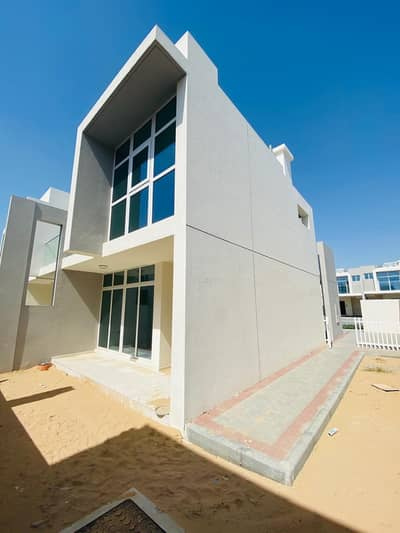 3 Bedroom Villa for Sale in Akoya Oxygen, Dubai - CORNER VILLA 3 BED READY TO MOVE IN