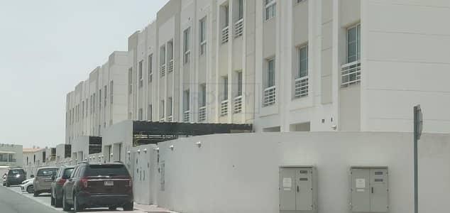 فیلا 5 غرف نوم للايجار في مردف، دبي - Outstanding Quality! 5 BR Immaculately Presented   Modern Design Compound Villa   Pool
