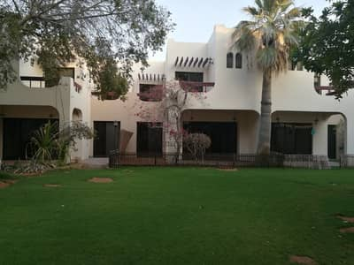 Spacious 3 bedroom Villa | Jumeirah 1