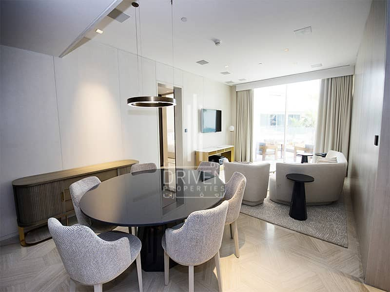 Stunning Fully Furnished 2 Bed Apartment