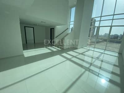 3 Bedroom Townhouse for Rent in Al Reem Island, Abu Dhabi - Magnificent Townhouse| 3 BH Apt| Maid's Room
