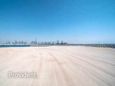 ارض سكنية  للبيع في لؤلؤة جميرا، دبي - G+1 Villa Permitted | Beach Front | Freehold