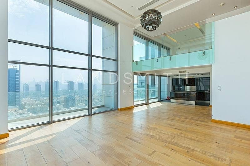 2 Modern and Beautiful 1BR Penthouse in Two Towers A