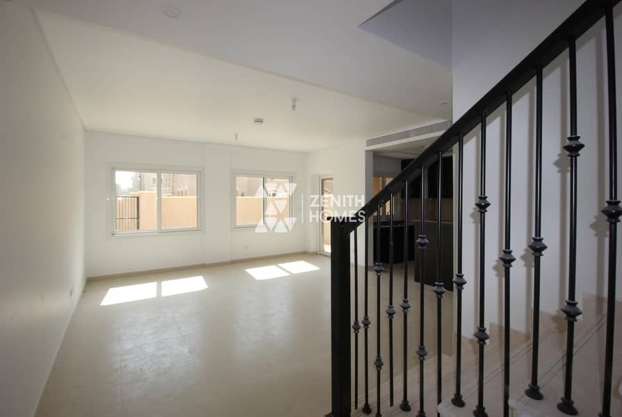 2 Handed Over Unit Near Pool & Park