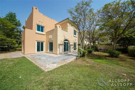 5 Bedroom Villa for Sale in Dubai Sports City, Dubai - Golf Course Facing | 5 Bed C2 | Large Plot