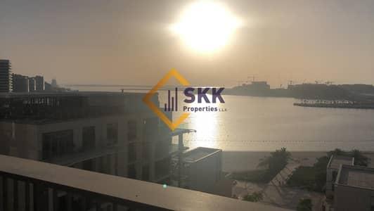 فلیٹ 2 غرفة نوم للايجار في شاطئ الراحة، أبوظبي - Luxurious Full Sea View 2BR Apt With all Amenities