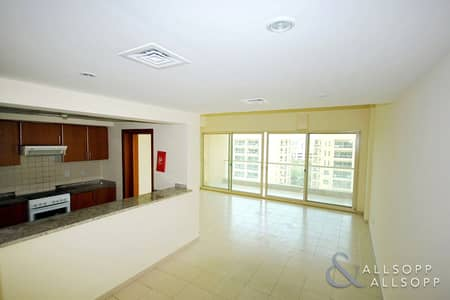 2 Bedroom Apartment for Rent in The Greens, Dubai - 2 Bedrooms | Study | Pool View | AC Free