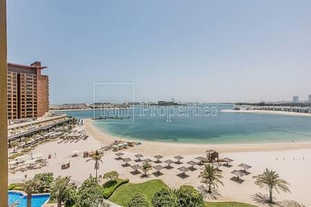 شقة 2 غرفة نوم للايجار في نخلة جميرا، دبي - Well maintained Dtype|Vacant|Partial Sea Views