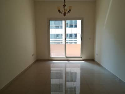 OFFER 1bhk available in 36k/6cheq near Mall of Emirates