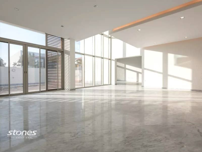 Bright and Spacious Contemporary Style Villa