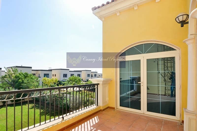 Three Bed + Maid's Villa in Jumeirah Park