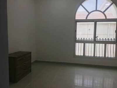 Studio for Rent in Al Mushrif, Abu Dhabi - studio flat no commission fees and mawqif free