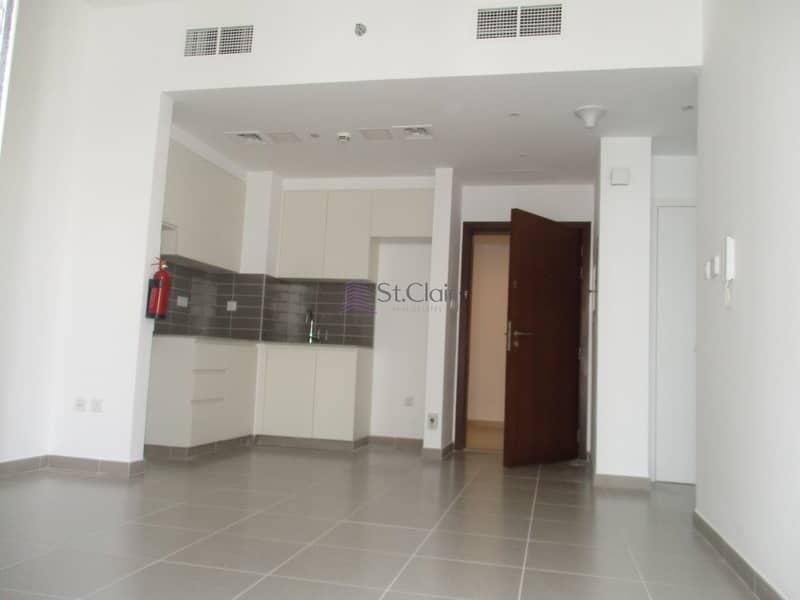 2 12  Cheques | Best Deal 1 Bedroom in Hayat Boulevard
