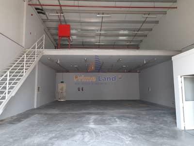 مستودع  للايجار في مصفح، أبوظبي - 375Sqm Mezzanine Office Included Warehouse 110K Only
