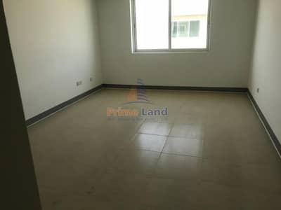 سكن عمال  للايجار في مصفح، أبوظبي - Bathrooms  Attached Rooms/Camps -45 rooms