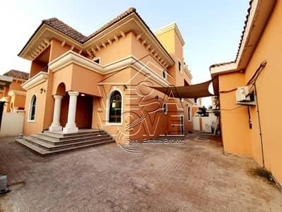 فیلا 6 غرف نوم للايجار في مدينة خليفة أ، أبوظبي - فیلا في مدينة خليفة أ 6 غرف 175000 درهم - 4710048